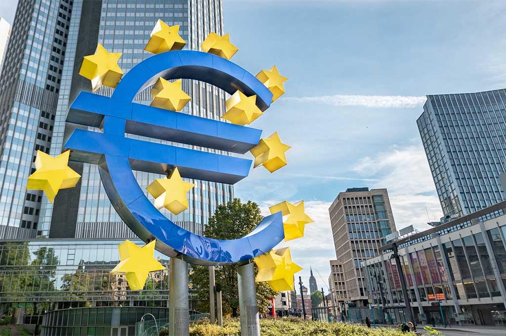 Översyn i fokus när ECB lämnar räntebesked